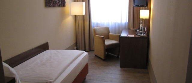 Hängelen Für Hohe Räume rooms hotel am großen waisenhaus potsdam